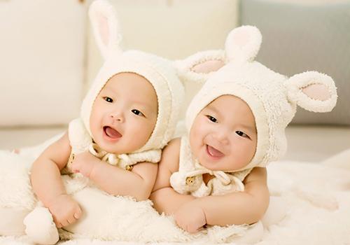 吃什么排卵多容易生双胞胎呢?